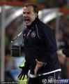 图文:巴西3-0智利 贝尔萨场边呐喊