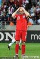 图文:英格兰1-0斯洛文尼亚 鲁尼抱头