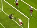 第14球:丹麦遭受晴天霹雳 后卫乌龙葬送好局
