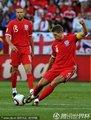 图文:英格兰1-0斯洛文尼亚 杰拉德传球
