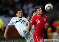 图文:英格兰1-0斯洛文尼亚 米尔纳被侵犯