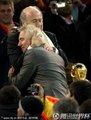 布拉特拥抱范马尔维克