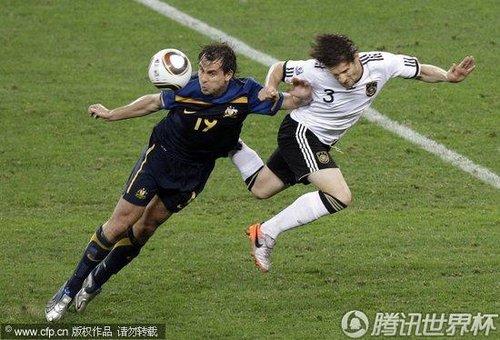 2010世界杯小组赛D组首轮:德国4-0澳大利亚