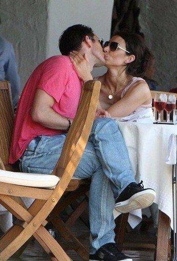 兰帕德与女友意大利激吻 铁汉也有柔情面(图)