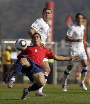 热身赛-智利2-0新西兰取4连胜 2大前锋均破门