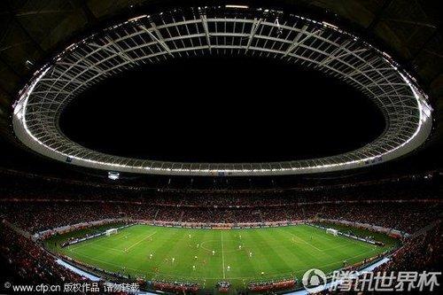 图文:西班牙vs葡萄牙 球场景色壮观_世界杯图片