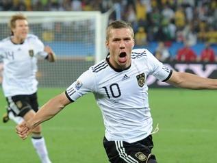德国4比0轻取澳大利亚 波多尔斯基获全场最佳