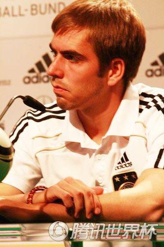 拉姆:有些事情我不能决定 但勒夫是个好教练