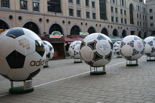 """南非印象:命案留安全隐患 期待""""世界杯遗产"""""""