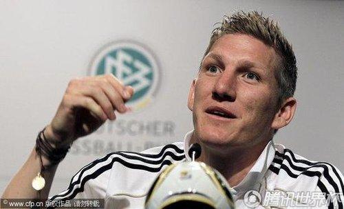 德国核心戏言梅西袜子藏机关:不会故意踢他