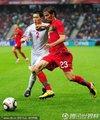 图文:葡萄牙7-0朝鲜 科恩特劳抢断皮球