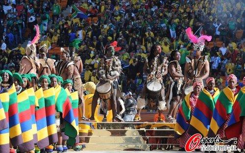 图文:南非世界杯开幕式 精彩舞蹈表演
