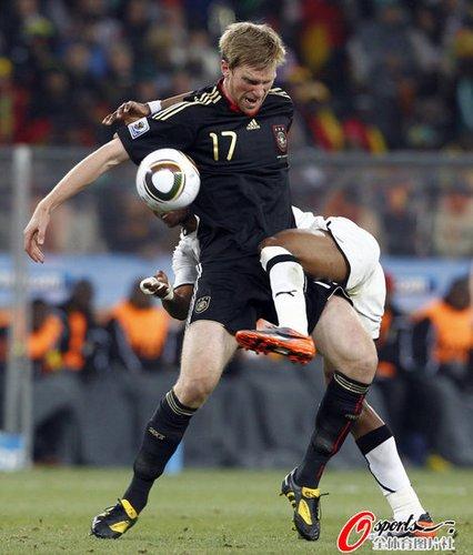 专访德国铁卫:对阵英格兰很有趣 需要点运气