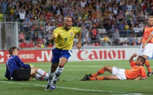荷兰巴西8进4狭路相逢 决赛预演再现点球战?