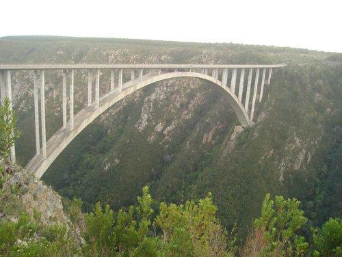 蹦极爱好者首要选择地——南非东开普省