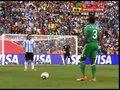 视频:尼日利亚前场任意球 阿根廷球门无恙