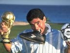 视频:世界杯历史最佳进球 马拉多纳世纪之球