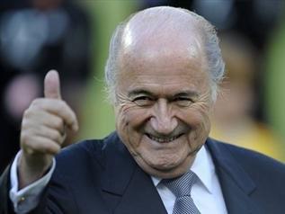 布拉特捍卫世界杯用球 指责各球队不提早适应