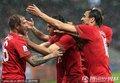 葡萄牙队员祝贺梅雷莱斯