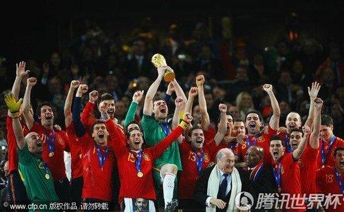 图文:荷兰0-1西班牙 斗牛士创造奇迹_2010南非