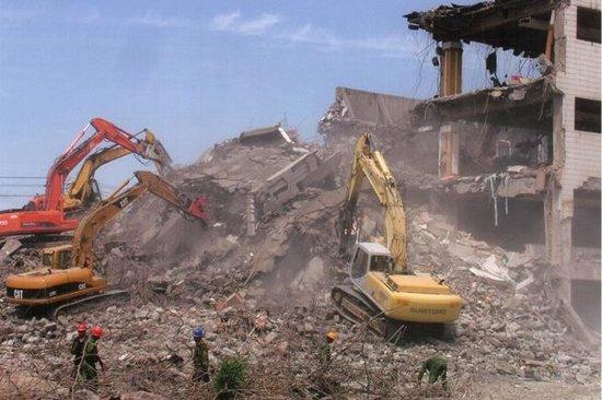 卡子湾村老城区改造房屋拆除工作计划月底完成