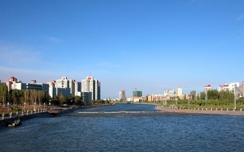 新疆库尔勒市入围2017中国县域经济百强