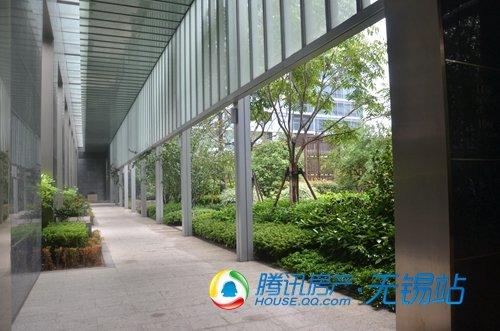 风雨连廊,连接所有建筑-绿城杭州行 长三角媒体零距离感受绿城卓越