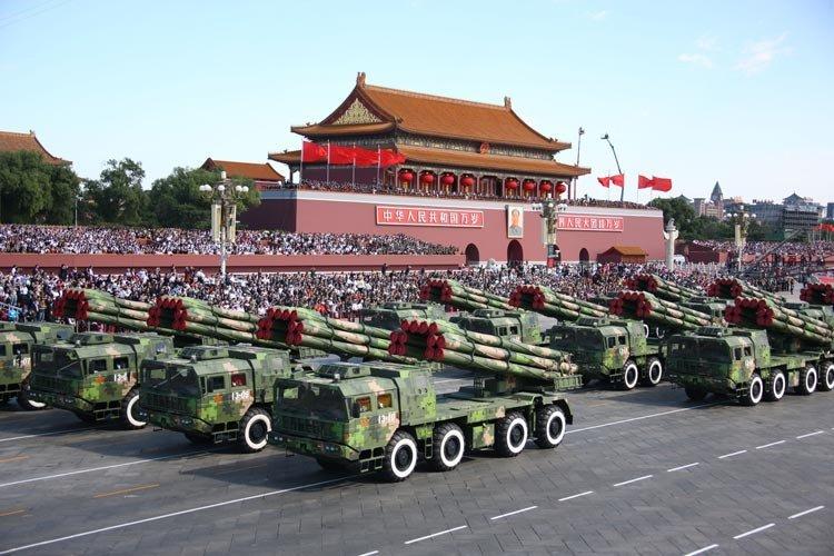 远程火箭炮方队_汉音对照300毫米远程火箭炮方队300haomi