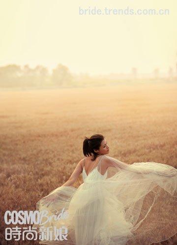 婚纱:邓达智(拿拉贝路丝)