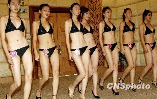 中国美少女40名佳丽亮相惠州龙门大观园