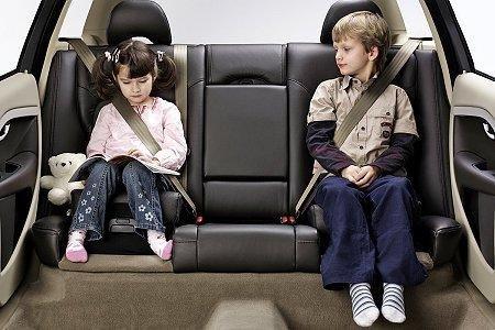 详细高清图讲解 如何正确使用儿童安全座椅