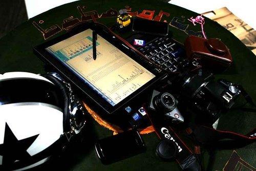 特立独行 兰博基尼车主与简易数码装备