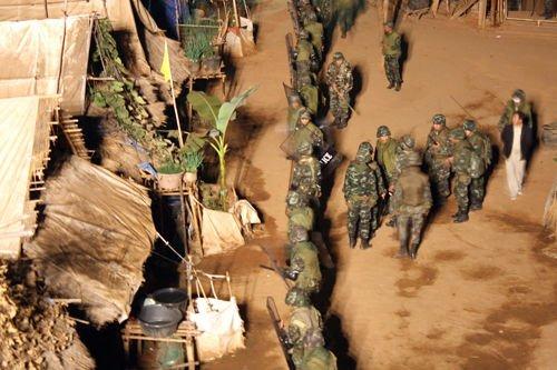 泰国拟将4000余名苗族人强制遣返老挝组图