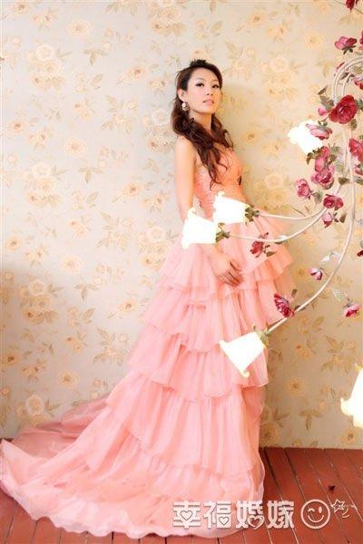 徐曼儿粉色婚纱