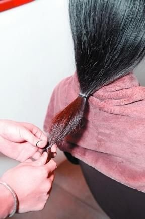 3款小脸发型DIY 不用剪就能变