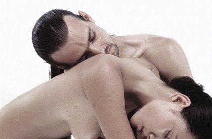 接吻时最尴尬的10种情形你有吗