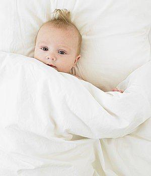 让宝宝适应独睡的四个步骤