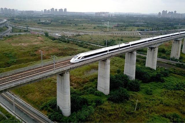 西成高铁进入开通倒计时 成都到西安只需三小时