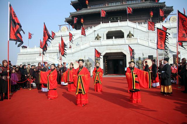 2019西安汉城湖第四届春节文化庙会举行 活动精彩纷呈