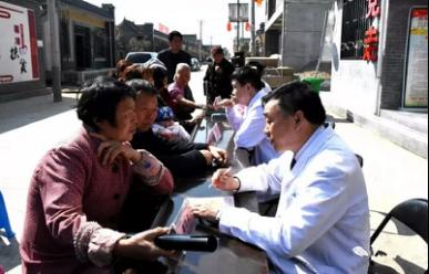 大爱无疆 贫困眼疾重症患者在祈康医院得到免费救助