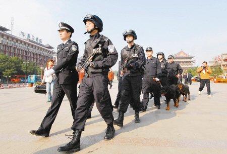 西安市17名派出所长交警队长获破格提拔(图)