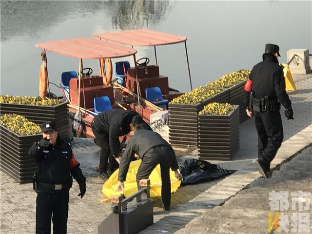 环城公园内一老人溺水身亡 民警正在联系其家属