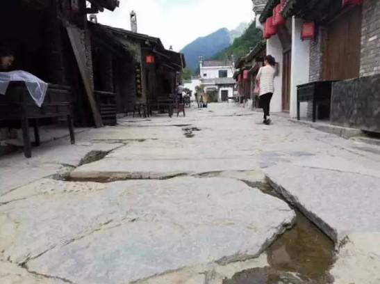 为一间老屋 赴一座山寨!这个夏天 去秦岭做一场时光延迟的梦!