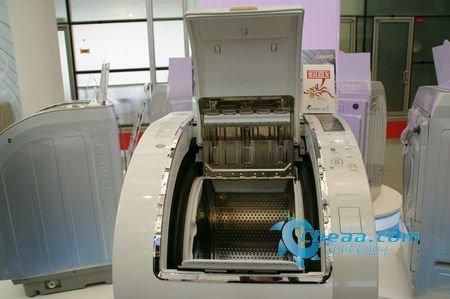 白色家电  正文  三洋洗衣机xqg85-t1099bhx采用先进的蒸汽式洗涤技术