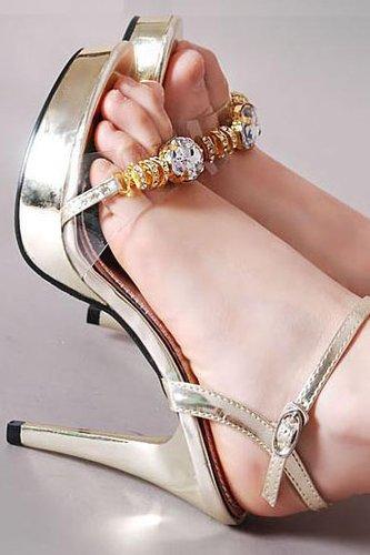 女人夏季如何修炼一双漂亮的脚