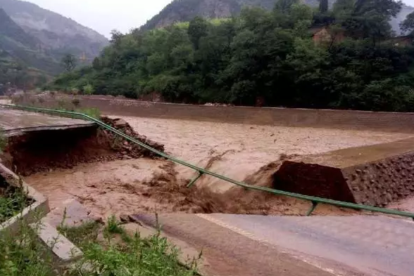 宝鸡大水川景区暴雨封园 陕西景区危险路段请速看!