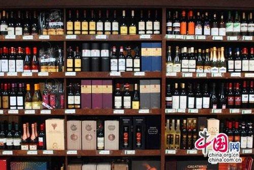 春节酒价节节高 进口红酒不甘寂寞