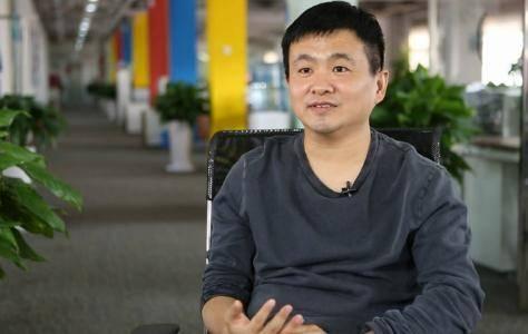 李想和杨浩涌谈创业:自己实力不强,就别瞎抢戏