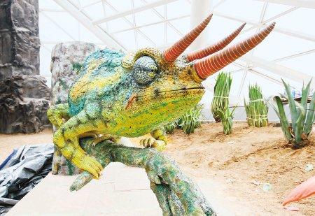 仿真机器昆虫进世园自然馆 将与游客亲密接触