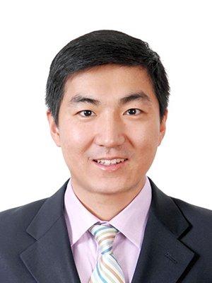 """2012""""红烛奖""""教育慈善奖候选人马超"""